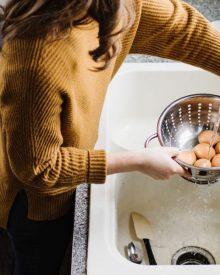 Luộc trứng gà, vịt bao lâu thì chín?